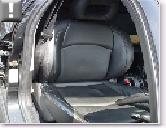 フロント運転席シート
